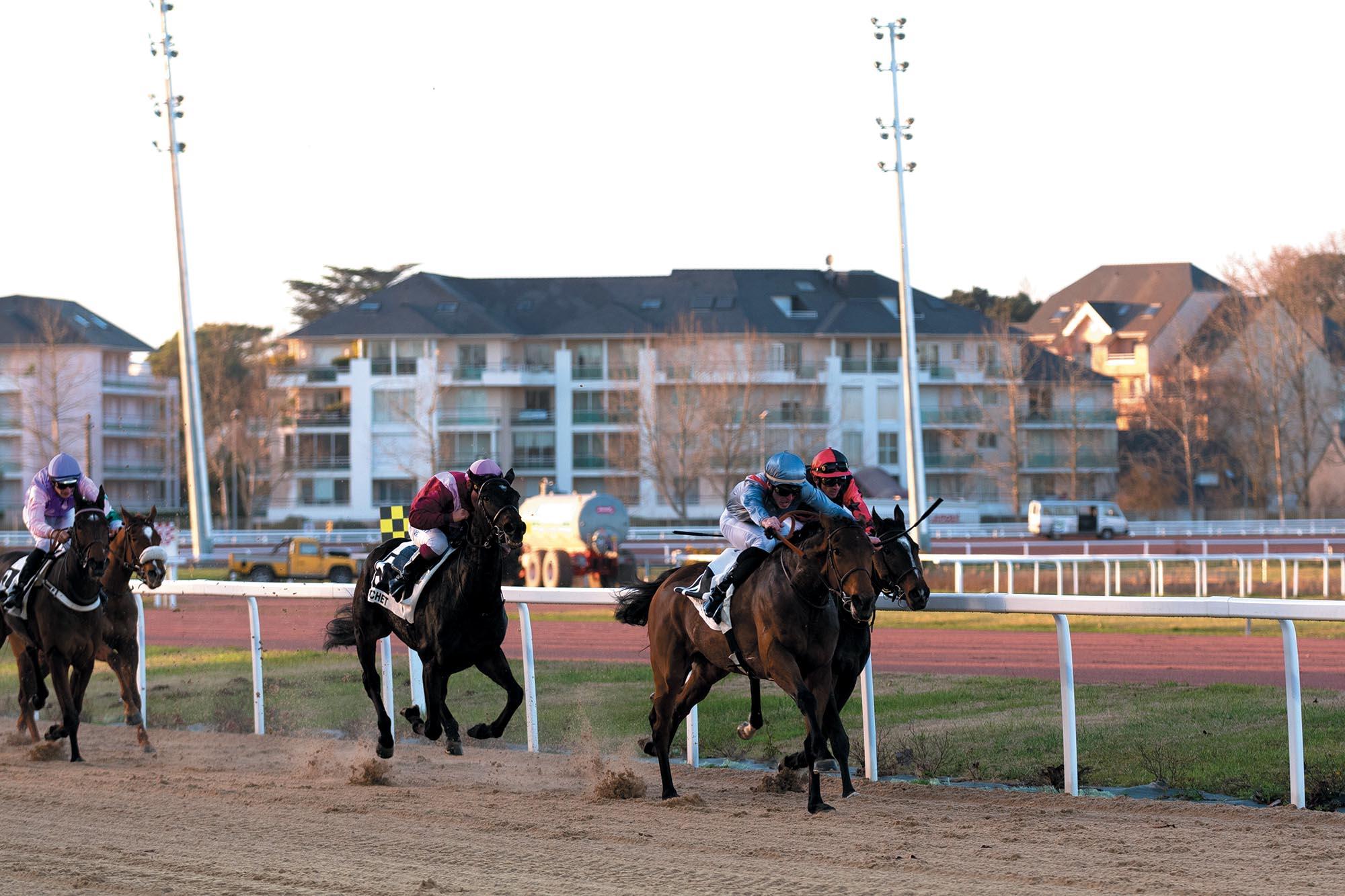 course_de_chevaux-hippodrome-pornichet-sinon_magazine
